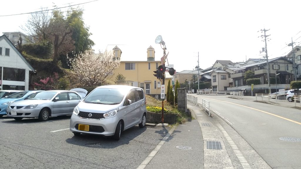 安佐南区沼田町伴Vanguard_駐車場入り口