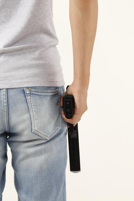 銃とジーンズ